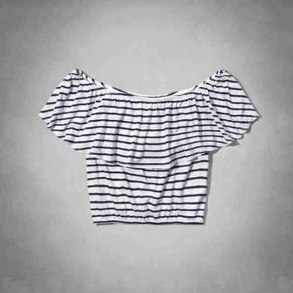 7221c9fd0bc39 abercrombie kids Tops - Abercrombie off the Shoulder cropped top